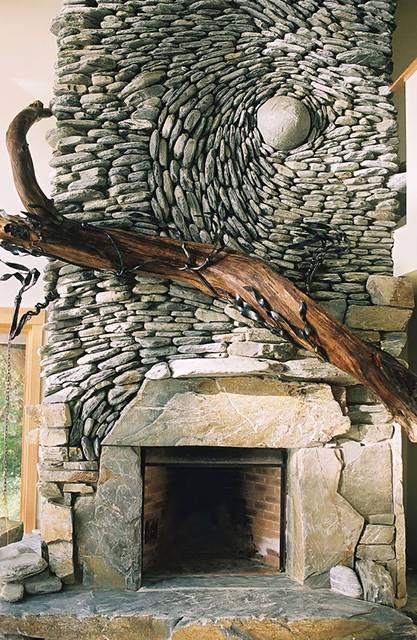 石を敷き詰めて作る美しいモザイク壁画 - 08