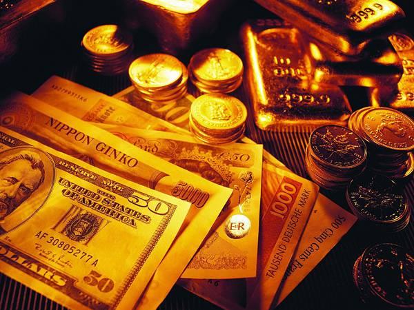 08.コインや紙幣とゴールドバーのクールな写真壁紙画像