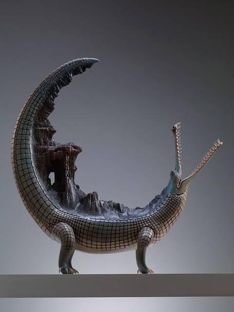 まるで神話の中の生き物達が目の前に現れたような彫刻作品。 - 07