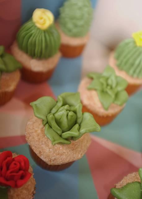 サボテン型のカップケーキの完成度が高すぎて可愛い! - 07