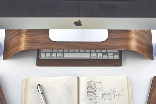iMac環境を上品に飾る木製デスクアイテムコレクション - 03