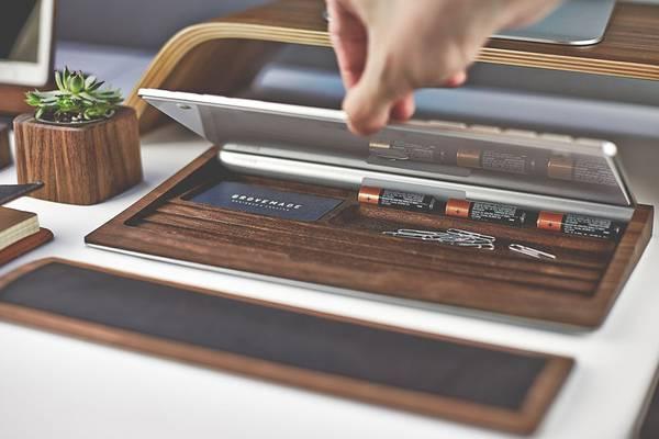 iMac環境を上品に飾る木製デスクアイテムコレクション - 04