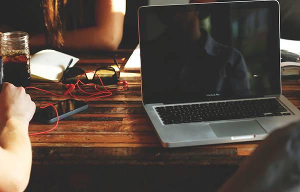 ビジネス風景に特化した無料写真素材サイト - 01
