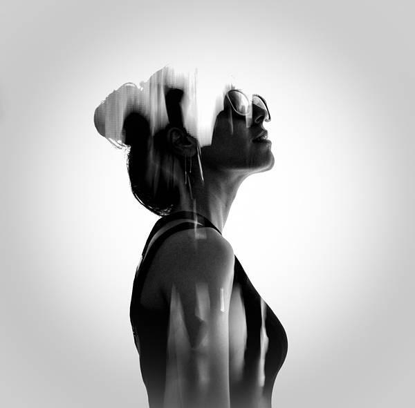人と自然を多重露光で合成したポートレート写真作品 - 07