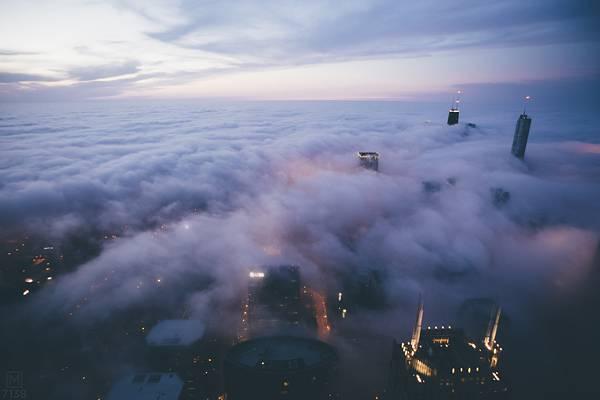 霧に包まれたシカゴの街を撮影した写真集 - 03