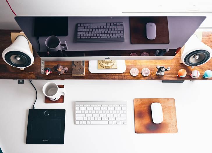 可愛くてオシャレなデスクトップの写真素材