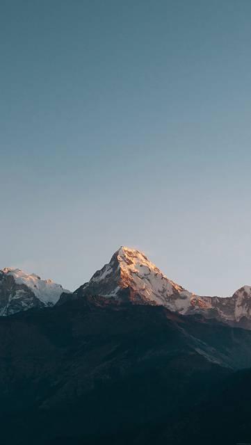 雪山のシンプルな写真壁紙画像