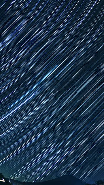 mc28-wallpaper-earth-is-round-star-space