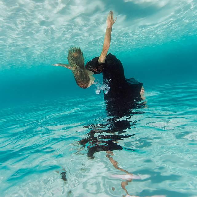 思わず心を奪われる!あまりにも美しい水中作品 - 04