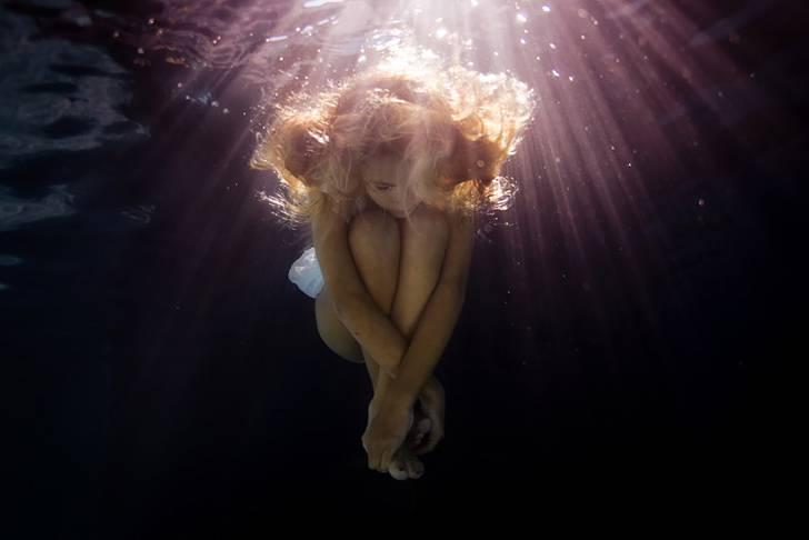思わず心を奪われる!あまりにも美しい水中作品 - 06