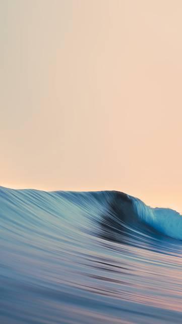 彫刻のような美しい波の写真