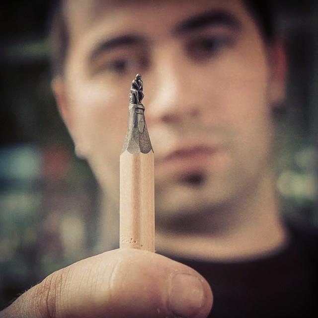 鉛筆の芯で作る超極小の彫刻作品シリーズ - 10